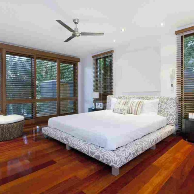 https://www.tamarind6.com/wp-content/uploads/2016/05/details-gallery-bedroom-1-640x640.jpg
