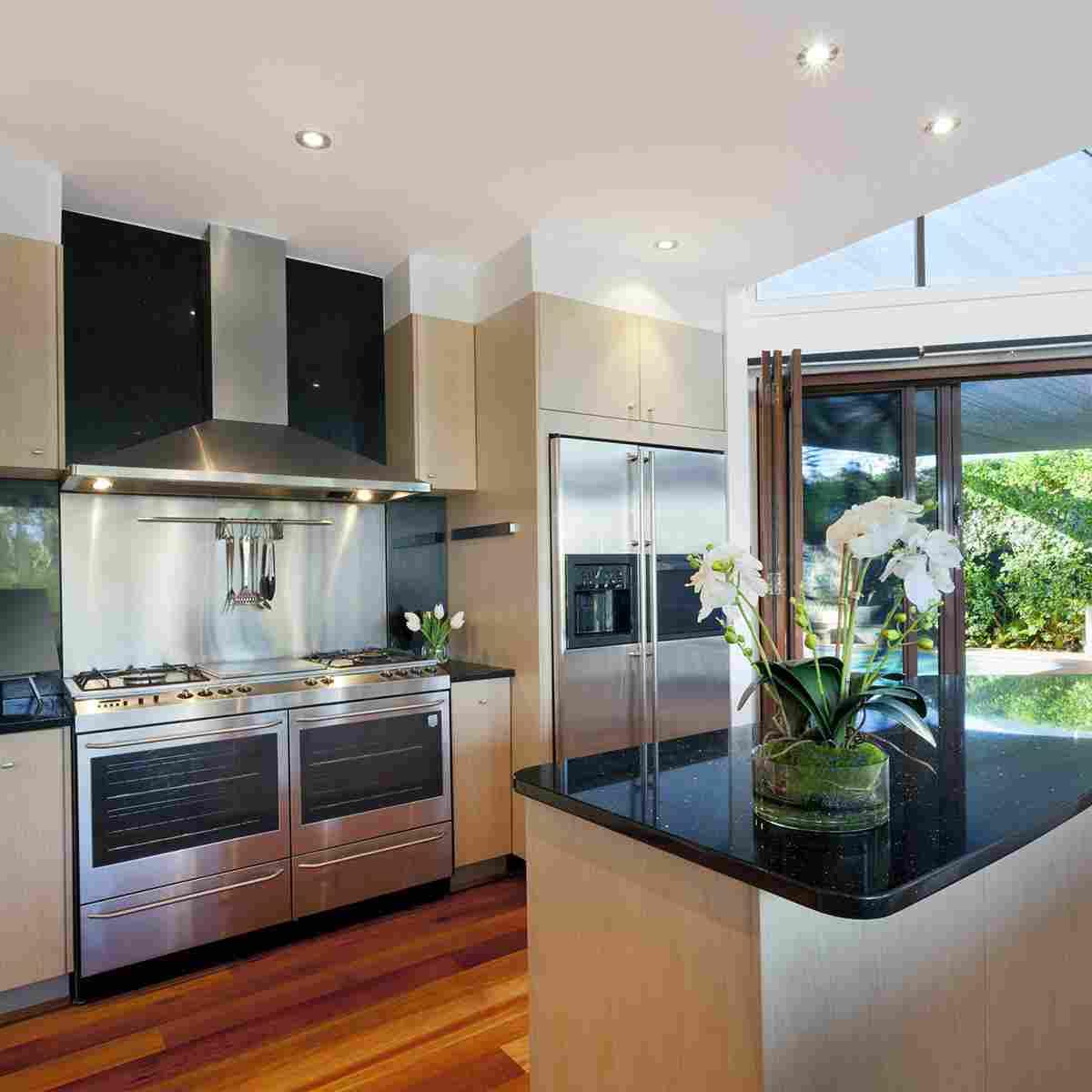 https://www.tamarind6.com/wp-content/uploads/2016/06/details-kitchen-1.jpg